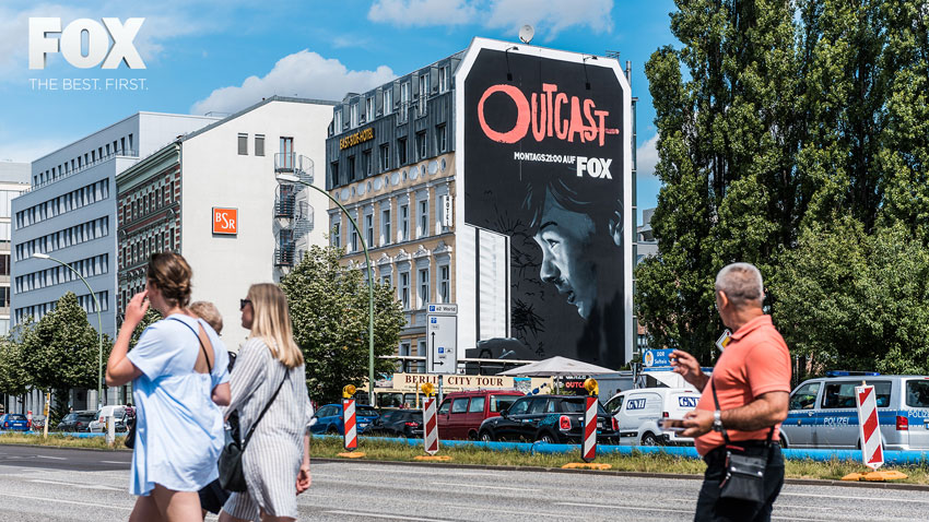 FOX: OUTCAST Mural Stunt & outcastart.tv